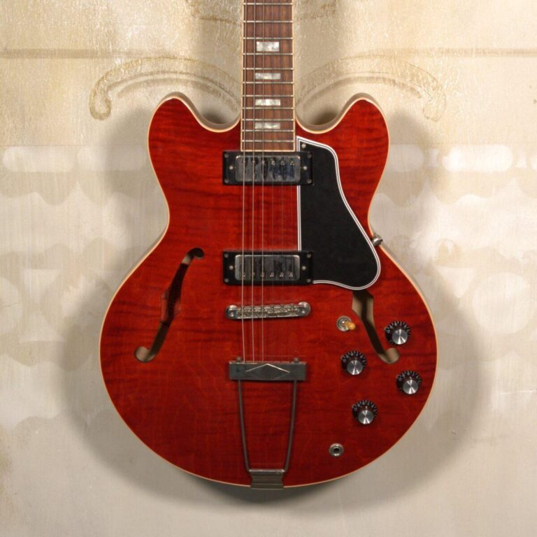 Gibson ES-390 Custom Shop Cherry S/H
